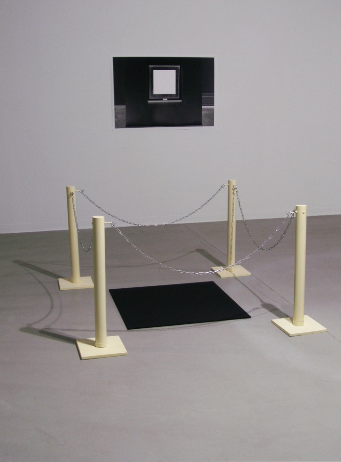 Alex Gawronski, Black Square, Stand-off 2